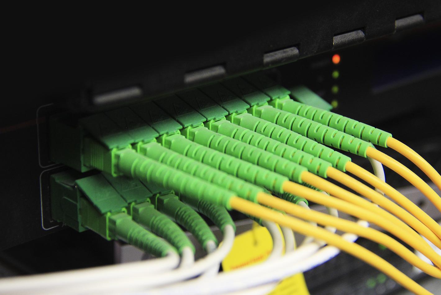 beneficios-sistema-de-fibra-optica-gpon-en-desarrollos